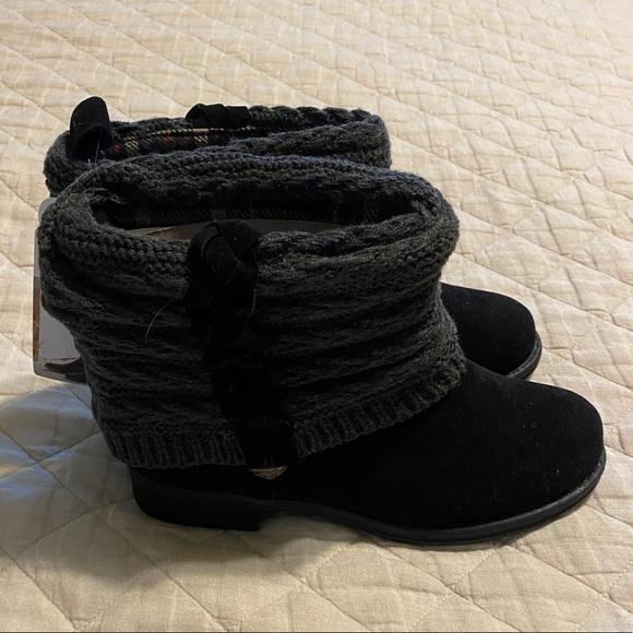 Muk Luks  gray boots 7
